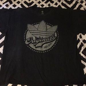 Vintage adidasGraphic logo very nice shirt 2XL